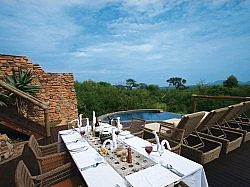 Dining deck © Impodimo Game Lodge